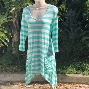 M Aqua & White striped Tunic with front Pockets 💙